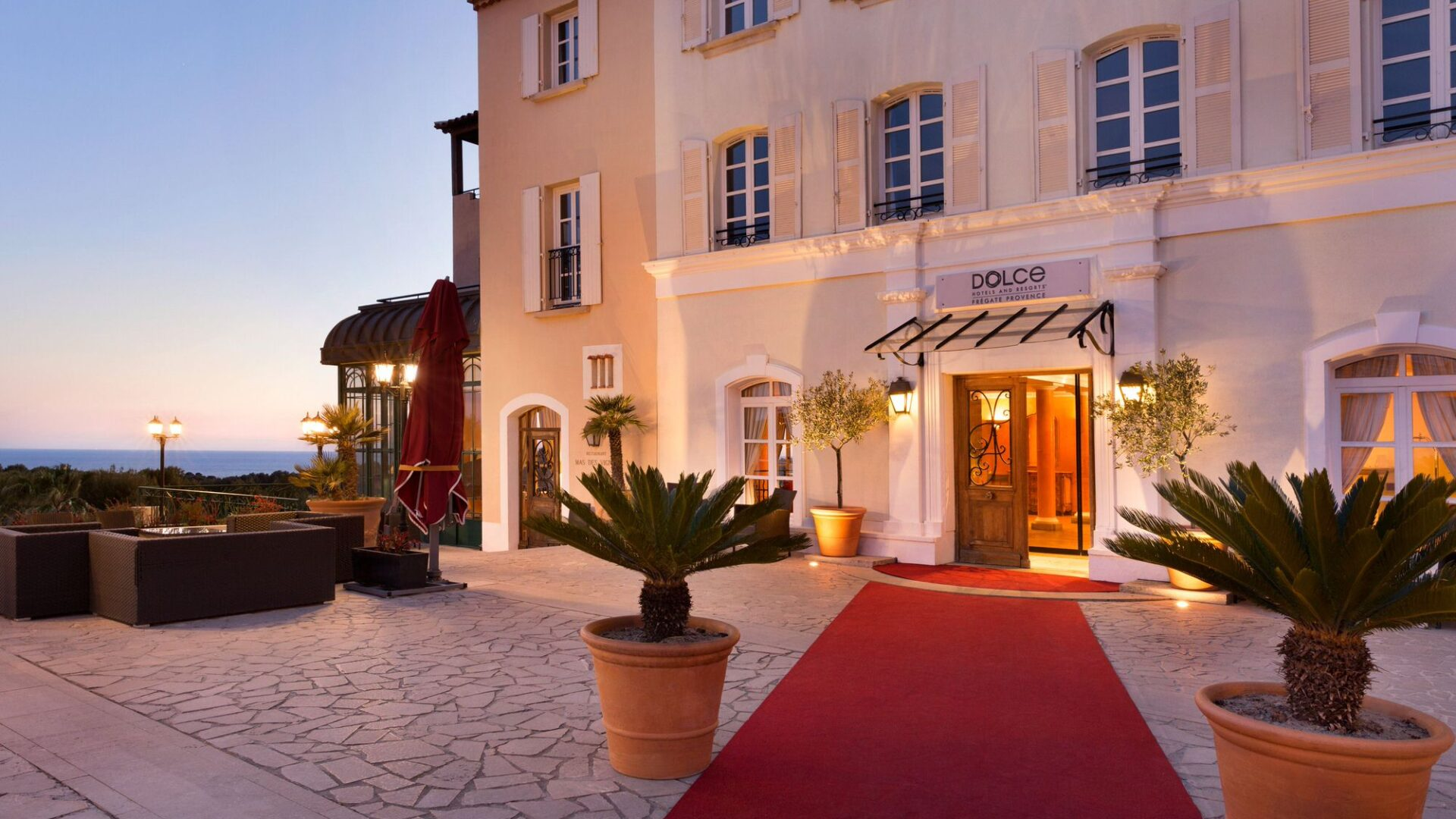 Dolce Fregate Provence - Entrance of the Hotel - Plazza - 1129272 (1)