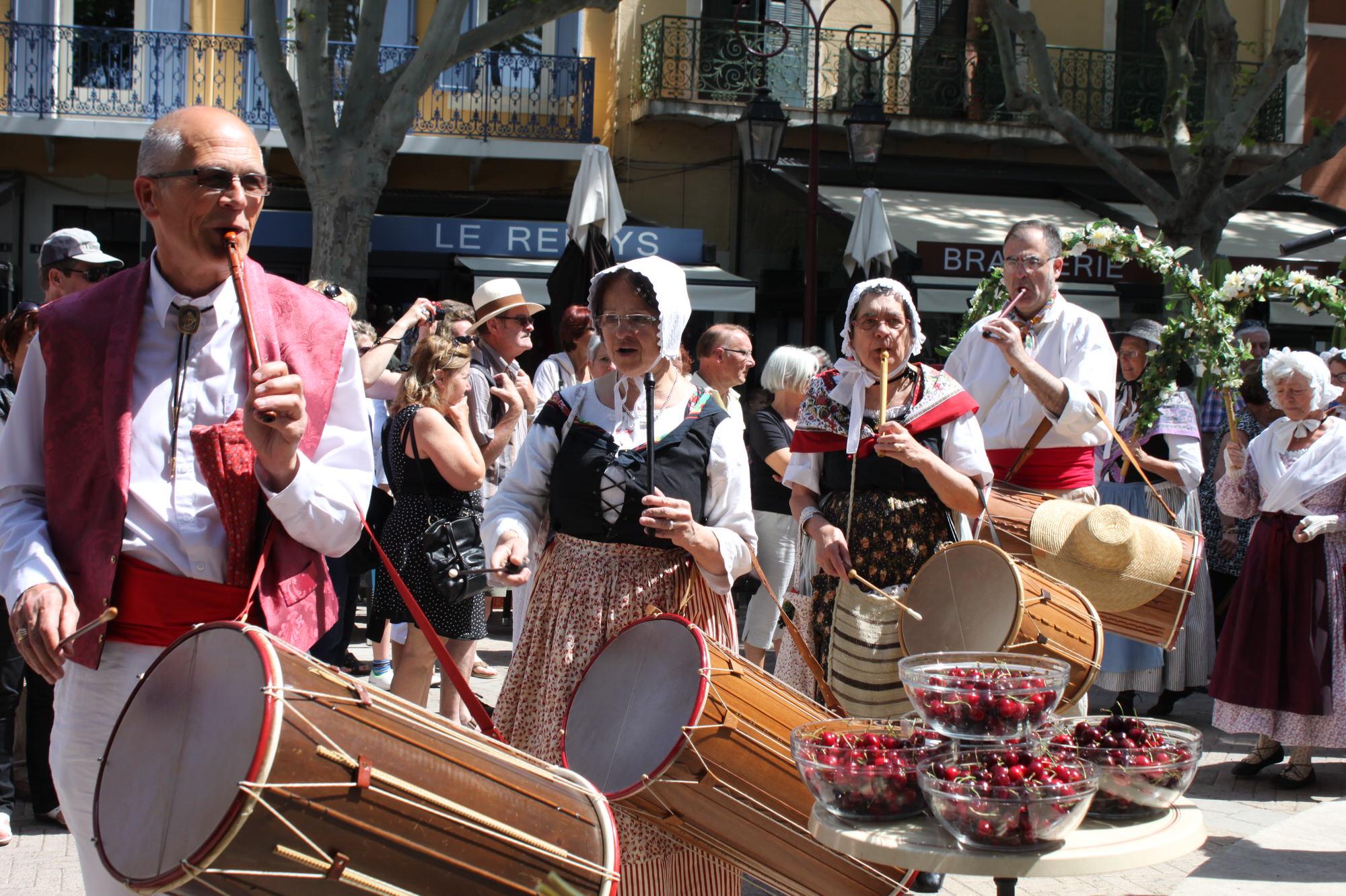 Groupe folklorique à l'occasion des fêtes de l'ascension