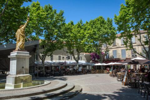 Den Place Portalis