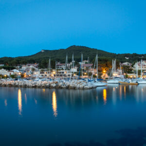 port_de_la_madrague_de_nuit