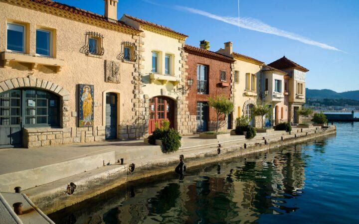 les_petites_maisons_du_port_su_l_île_de_bendor (1)